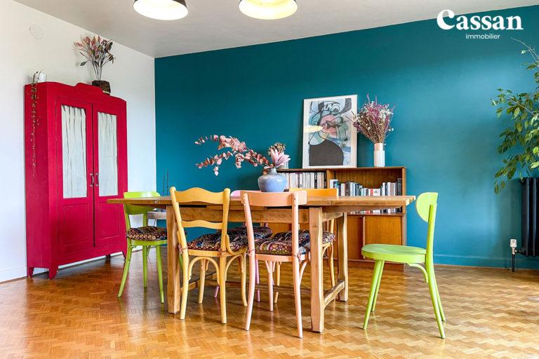 salle à manger appartement couleurs